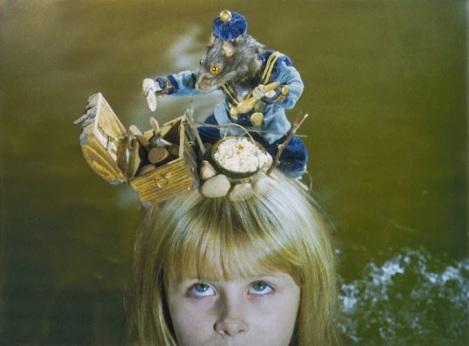 photo-Alice-Neco-z-Alenky-1988-2