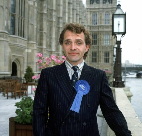 showbiz-rik-mayall-career-in-pictures-10-1
